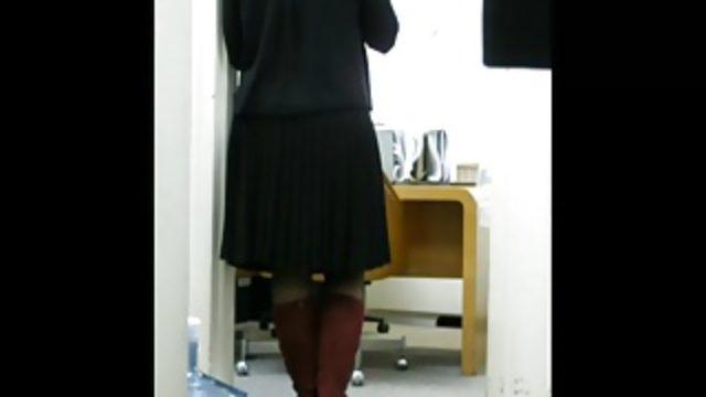 Coworker's legsboots