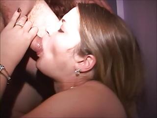 FINALLY-Massive ass MILF and her fuck friends-Full length