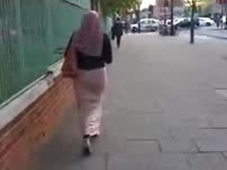 Hijab Paki Ass Walking Shaking