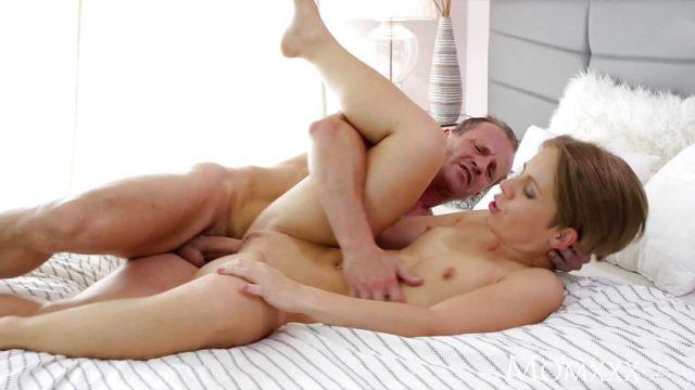 mom-intimate-creampie-for-brunette-milf_01
