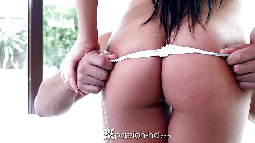 Passion-HD – Brunette with great ass Anna Rose gets sex